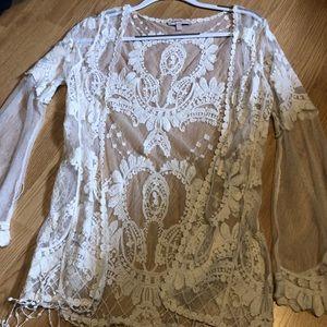 Women's cream crochet cardigan sz M
